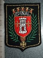 ECUSSON  TOURISTIQUE TISSUS EPINAL - Escudos En Tela