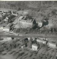 CHIMAY : Superbe Photo Aérienne - Collège St-Joseph - 1968 - Dimensions 22.5 / 22.5 Cm - Plaatsen