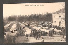 LAPALISSE    Une Foire     / Vaches - Lapalisse