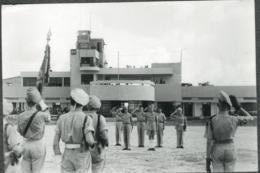 Photo Base Aérienne Tonkin Indochine Annam Général Bodet Et Koch 1948 - Guerre, Militaire