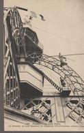 C. P. A. - PARIS - LA TOUR EIFFEL - LE SOMMET OU SONT INSTALLES LES APPAREILS D'OBSERVATIONS SCIENTIFIQUES - 1023 - N. D - Eiffelturm