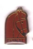 VF133 Pin's Village Ville Vosges ÉPINAL Cheval équitation Achat Immédiat - Animaux