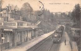 VILLE D'AVRAY - La Gare - Train - Ville D'Avray