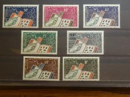 Philatec Paris 7 Pays 7 Timbres Neufs** De 1964 (Comores, Somalis, Nouvelle Calédonie, Polynésie Française, CFA, Saint P - Non Classificati