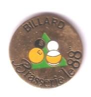 C03 Pin's Billard Brasserie 88 Vosges La Voivre Épinal Achat Immédiat - Billares