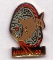 Q188 Pin's Pêche Poisson AQUARIUM 88 à Épinal Vosges  Achat Immédiat - Animaux