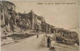 CARTOLINA 1933 ORVIETO LE RUPI E I BASTIONI TIMBRO MASSARELLA (KX471 - Italy