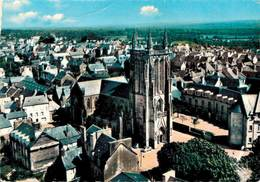 Carhaix L'eglise Saint Tremeur Coin Plié     CPM Ou CPSM - Carhaix-Plouguer