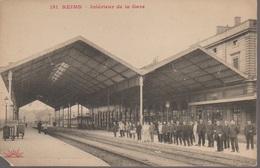 REIMS - LA GARE - - Reims