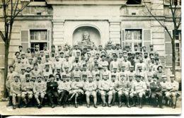 N°1838 T -carte Photo Souvenir Du Cours D'élèves Officiers à Versailles- - Regimientos