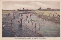 256644IJmuiden, Gezellig Strandleven Tusschen De Pieren Te IJmuiden-1930 - IJmuiden