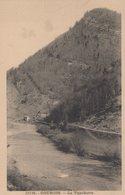 T4  - 25 - Doubs  -Lot De Deux Cartes - GOUMOIS - LA VOUCHOOTE Et Les Gorges Du Doubs - France