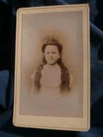 Photo CDV Anonyme - Portrait Fillette, Longs Cheveux, Vers 1890-1900 L485 - Fotos