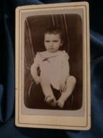 Photo CDV Anonyme - Bébé Boudeur, Vers 1890-1900 L485 - Photographs