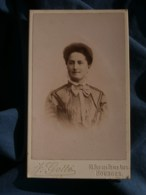 Photo CDV J. Gotté à Bourges - Portrait Nuage Femme Au Chignon, Vers 1895-1900 L485 - Fotos