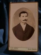 Photo CDV A. Petit à Saint Amand - Portrait En Médaillon Homme Moustachu, Vers 1890 L485 - Fotos