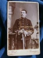 Photo CDV Abel à Bourges -  Militaire Sergent Du 37e D'artillerie, Vers 1890 L485 - Fotos