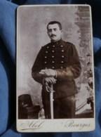 Photo CDV Abel à Bourges -  Militaire Du 1e D'artillerie, Vers 1890 L485 - Fotos