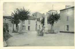 17* ILE DE RE Les Portes – Place  (cpsm 9x14)     MA100,0158 - Ile De Ré