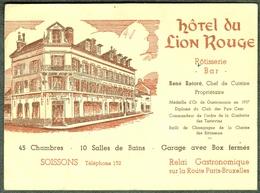 """SOISSONS ( Aisne ) 1955 """" Hotel Du Lion Rouge Sur La Route Paris-Bruxelles """" Carte Artisan (ne Pas Photo) - Soissons"""