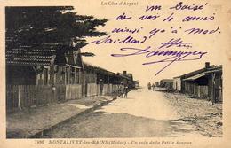 D33  MONTALIVET LES BAINS  Un Coin De La Petite Avenue  ...... Carte Peu Courante - France