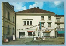 TH0467  CP  GRANGES-SUR-VOLOGNE  (Vosges)  CAFE DES VOSGES - Station Service TOTAL Garage Salle De Jeu - Granges Sur Vologne