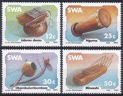 Südwestafrika SWA Namibia 1985 Kunst Arts Kultur Culture Musik Music Musikinstrumente Ngoma Trommel Drums, Mi. 579-2 ** - África Del Sudoeste (1923-1990)