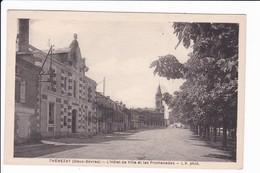 THENEZAY - L'Hôtel De Ville Et Les Promenades - Thenezay