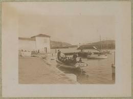 Tirage Circa 1900. Villefranche-sur-Mer (Alpes-Maritimes). Le Canot-amiral (Vice-amiral Fournier). - Luoghi