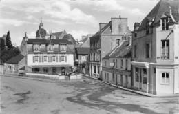35 - CPSM DINARD  Saint Enogat  Place Du Calvaire - Dinard