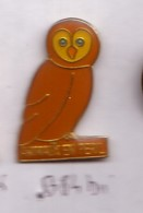 B84 Pin's Owl CHOUETTE HIBOU En Péril Achat Immédiat - Animaux