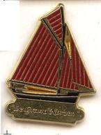 X43 Pin's BATEAU Grand Norven Photo Bretagne Normandie QUALITE ARTHUS SUCCES Achat Immédiat - Barcos