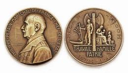 Médaille PHILIPPE PETAIN, Maréchal De France. Attribuée- RELAIS 4 X 100m, 16°DM-1942 (1940-1944) - Francia