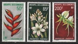Comores Poste Aérienne N° 26 - 28 ** Fleurs - Comoro Islands (1950-1975)