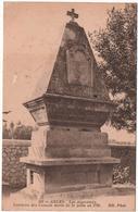 Arles..Les Alyscamps - Tombeau Des Consuls Morts De La Peste En 1720.. - Arles