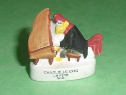 """Fèves / Film / BD / Dessins Animés WB : Charlie Le Coq """" La Fète """" ,  WB """" Mat """"   T117 - Cartoons"""