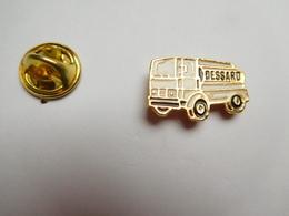 Beau Pin's , Transport Camion Citerne , Fioul Dessard , Saint Florent Sur Cher - Transports