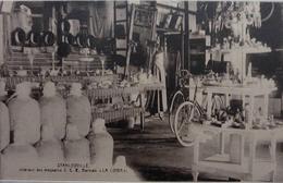 Stanleyville : Intérieur Des Magasins S.C.E   Barman  La Lowa - Congo Belge - Autres