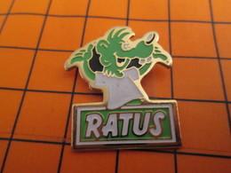 2419 Pin's Pins / Beau Et Rare / THEME ANIMAUX / RATUS RAT VERT CONTENT DE LUI - Animaux