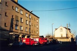 NANTES - CHANTENAY - Cliché - Construction Des Appartement Sur Les Garages Pompier - Camions De Pompier - Voir Descripti - Nantes