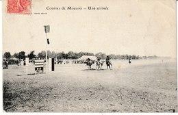 Allier Courses De MOULINS Une Arrivée (hippisme) - Moulins