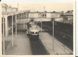 Photo - Automotrice - Gare à Identifier - - Trains