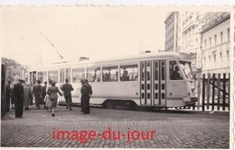 PHOTO ANCIENNE  TRAMWAY ELECTRIQUE EN HOLLANDE ( Pays Bas ) OU EN BELGIQUE A LOCALISER - Trains