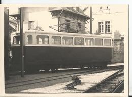 Photo - Tramway - Chemin De Fer à Crémaillère à Langres - Train - 52 - Haute Marne Gros Plan - Trains