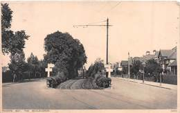 THORPE BAY - THE BOULEVARDS - DATED 1928 ~ AN OLD POSTCARD #97534 - England