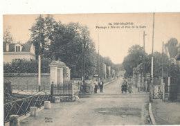91 // RIS ORANGIS   Passage à Niveau Et Rue De La Gare  12 - Ris Orangis