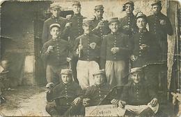 CARTE PHOTO - GROUPE DE POILUS DU 55° REGIMENT D'INFANTERIE - 1915 - WW1. - Guerre 1914-18