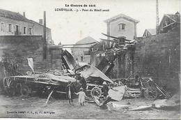 54 - LUNEVILLE - Pont Du Ménil Sauté - Enfants S'amusant Sur Les Débris - 1914 - Luneville