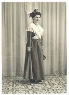 Photo Jeune Femme Costumée En Arlésienne, Provençale, Ruban, Photo Monnier, Salon - Personnes Anonymes