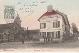 CPA:CRÉZANCY (02) ÉCOLE D'AGRICULTURE AVEC TOIT ROUGE..ÉCRITE - Francia